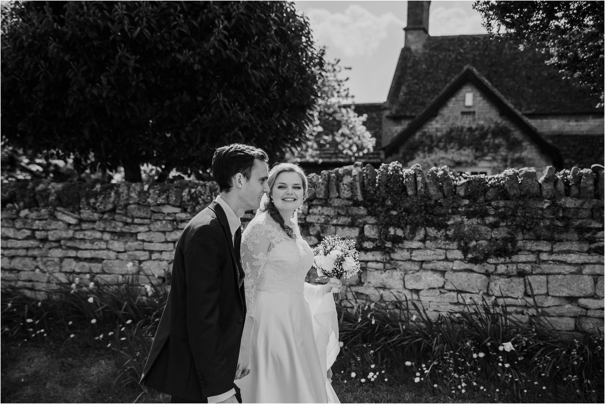 Outdoor-country-wedding-Edinburgh-photographer__0080.jpg