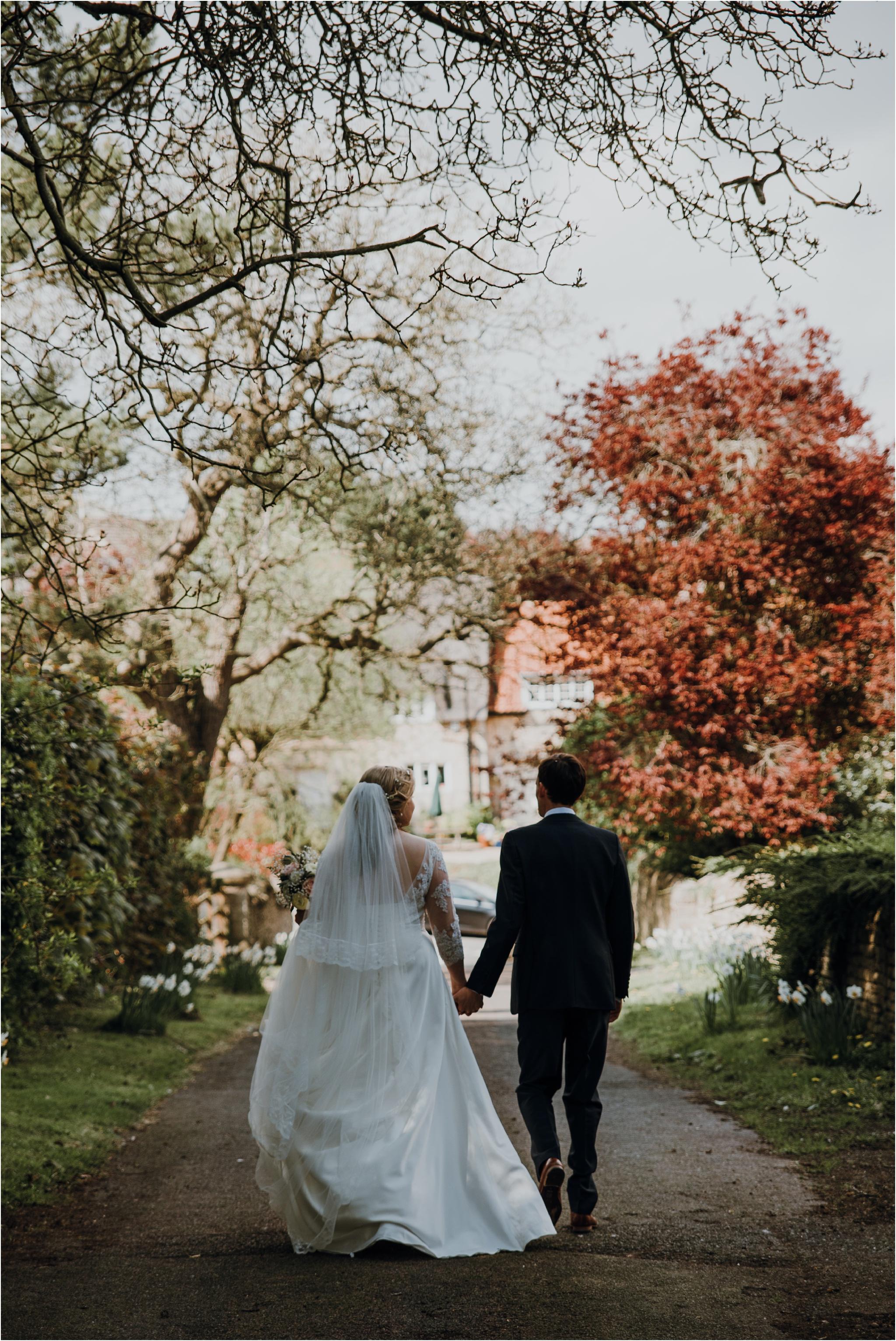 Outdoor-country-wedding-Edinburgh-photographer__0078.jpg