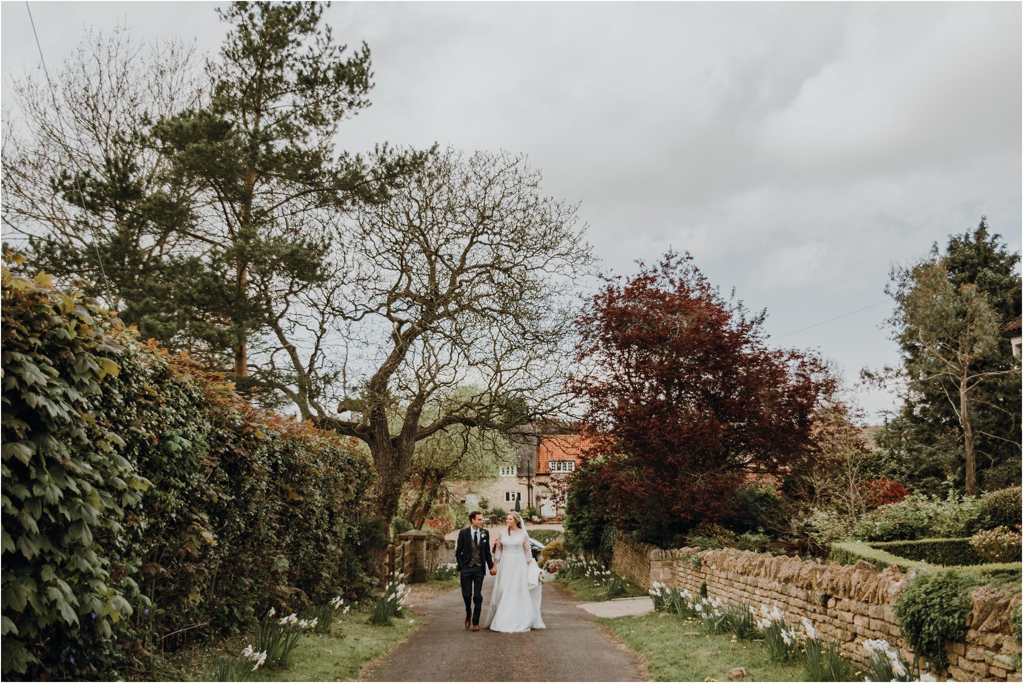 Outdoor-country-wedding-Edinburgh-photographer__0087.jpg