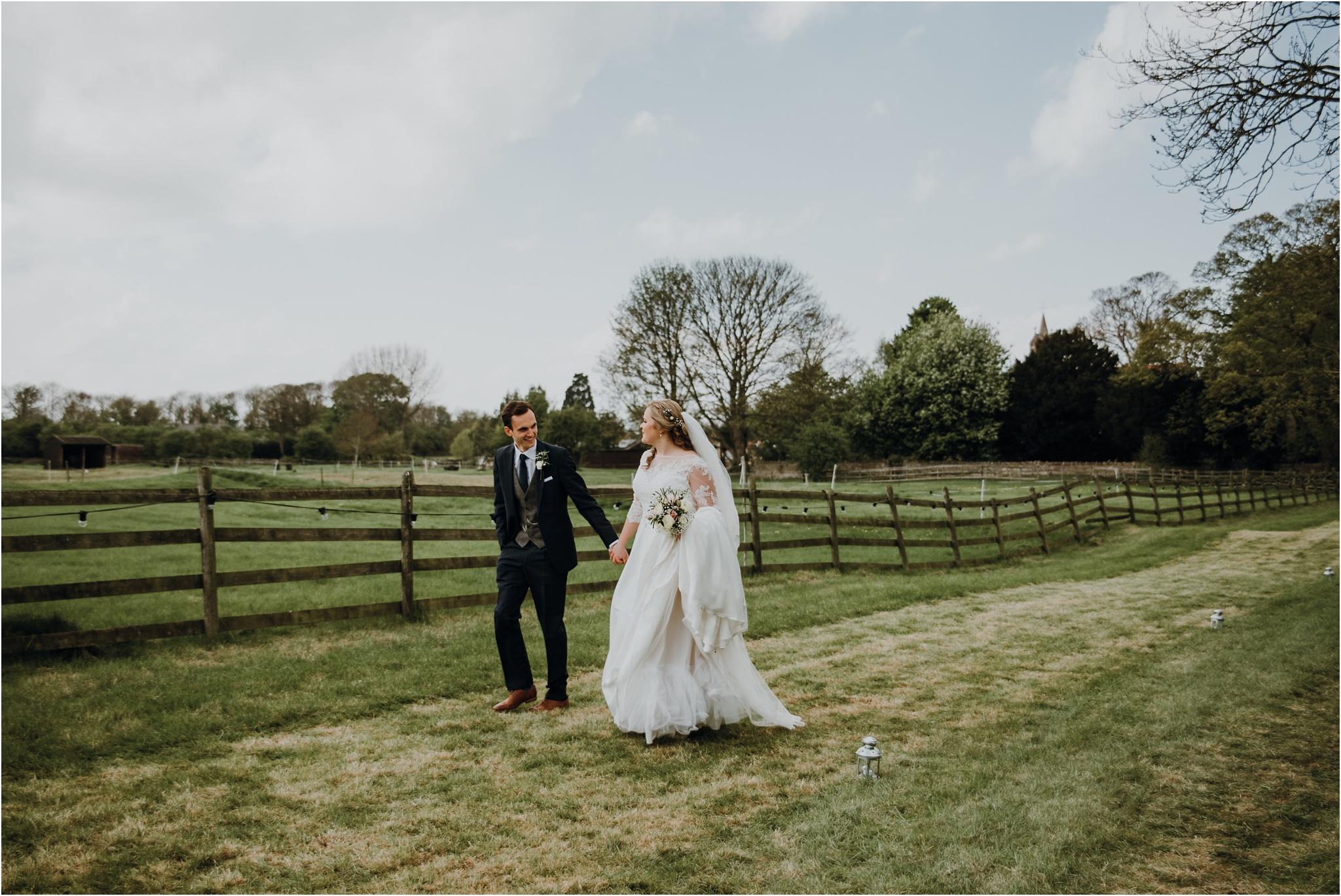 Outdoor-country-wedding-Edinburgh-photographer__0092.jpg