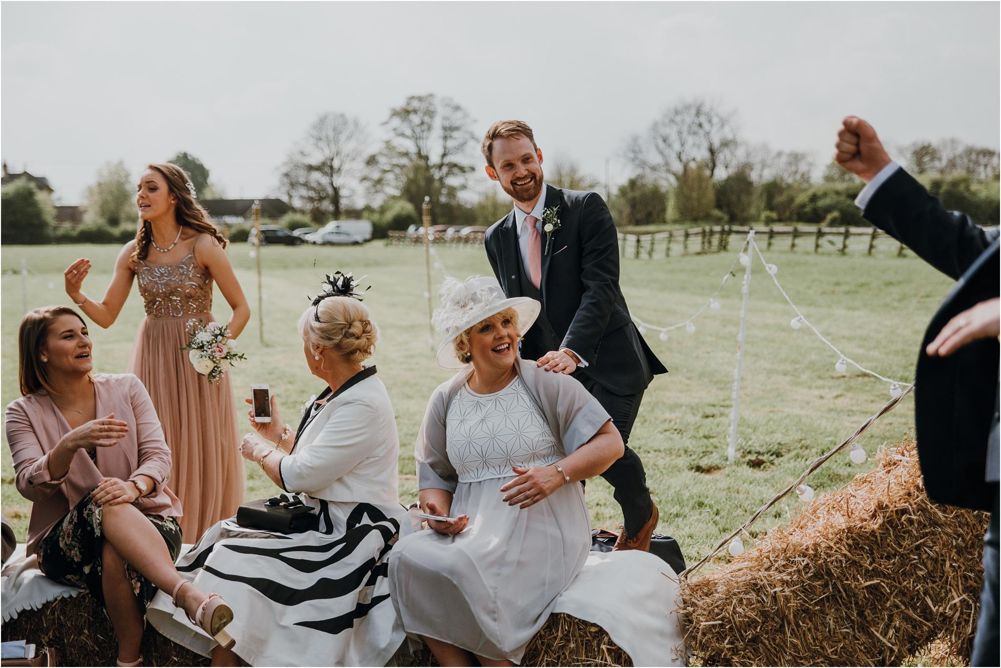 Outdoor-country-wedding-Edinburgh-photographer__0095.jpg