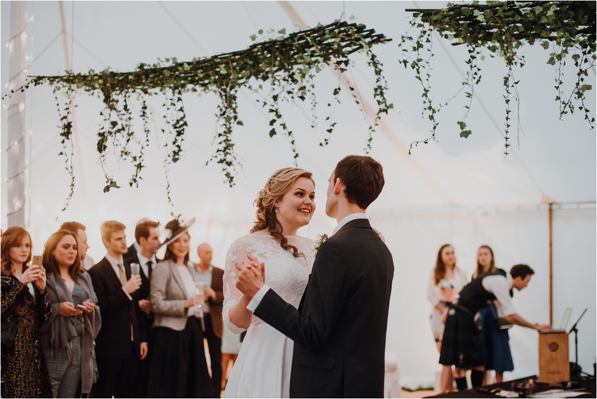 Outdoor-country-wedding-Edinburgh-photographer__0138.jpg