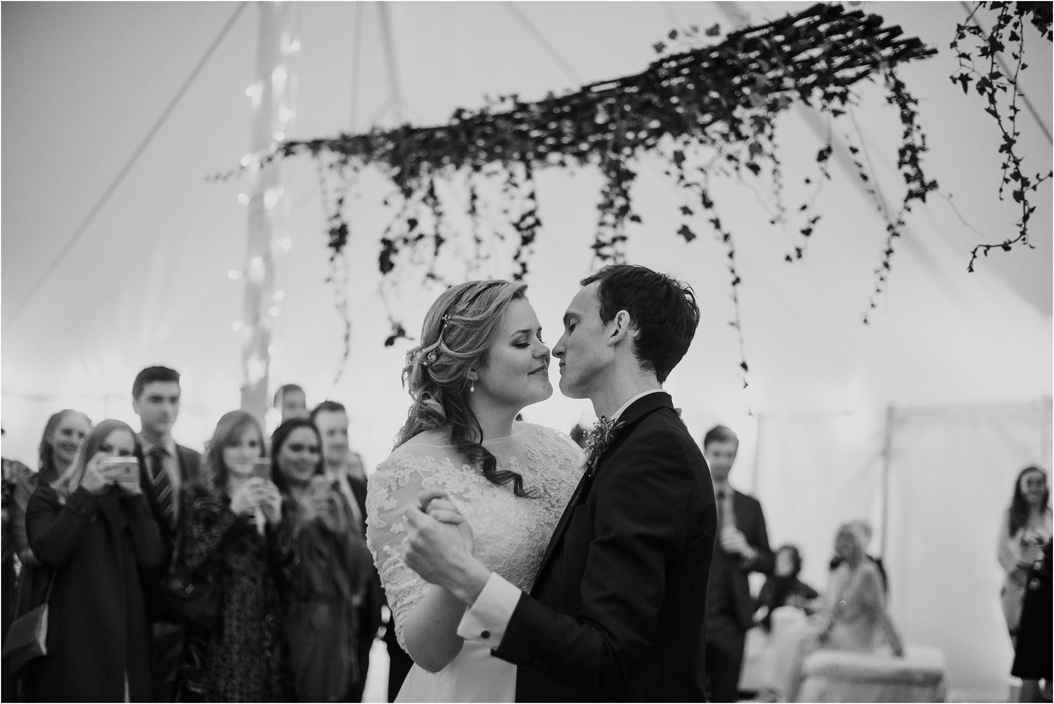 Outdoor-country-wedding-Edinburgh-photographer__0140.jpg