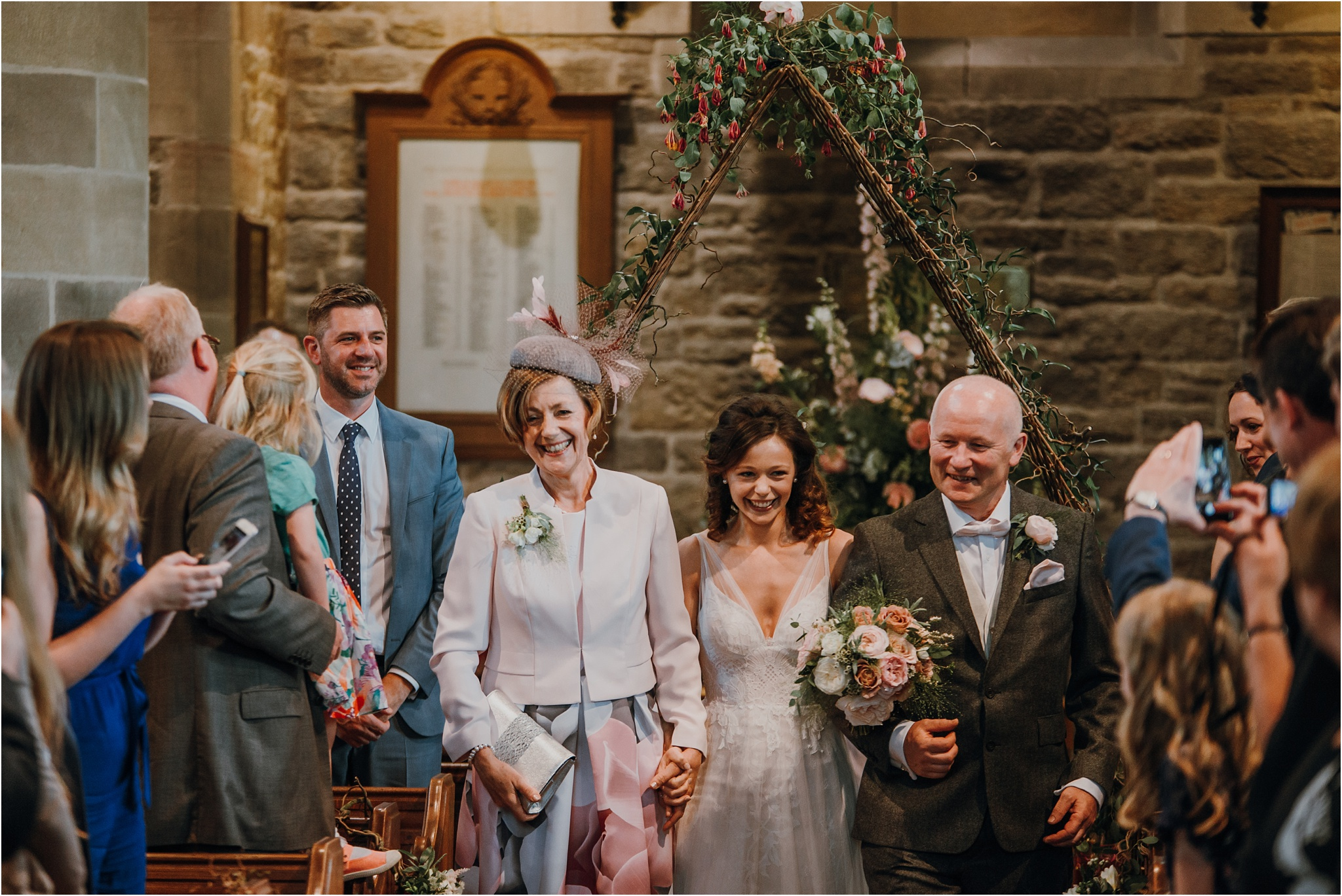 Outdoor-country-wedding-Edinburgh-photographer__0184.jpg