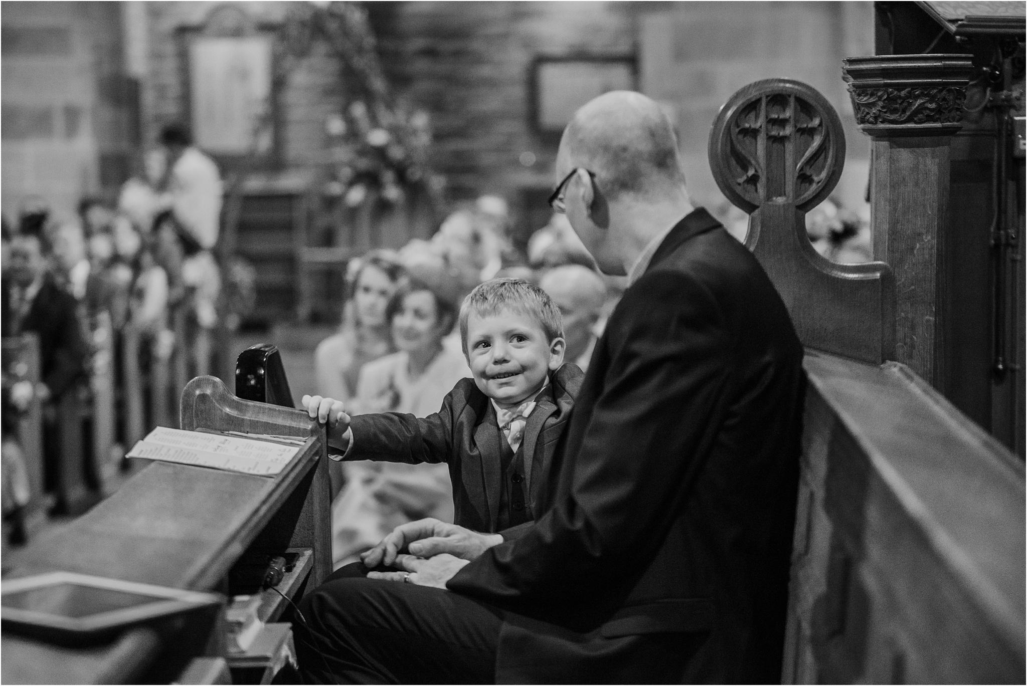 Outdoor-country-wedding-Edinburgh-photographer__0194.jpg