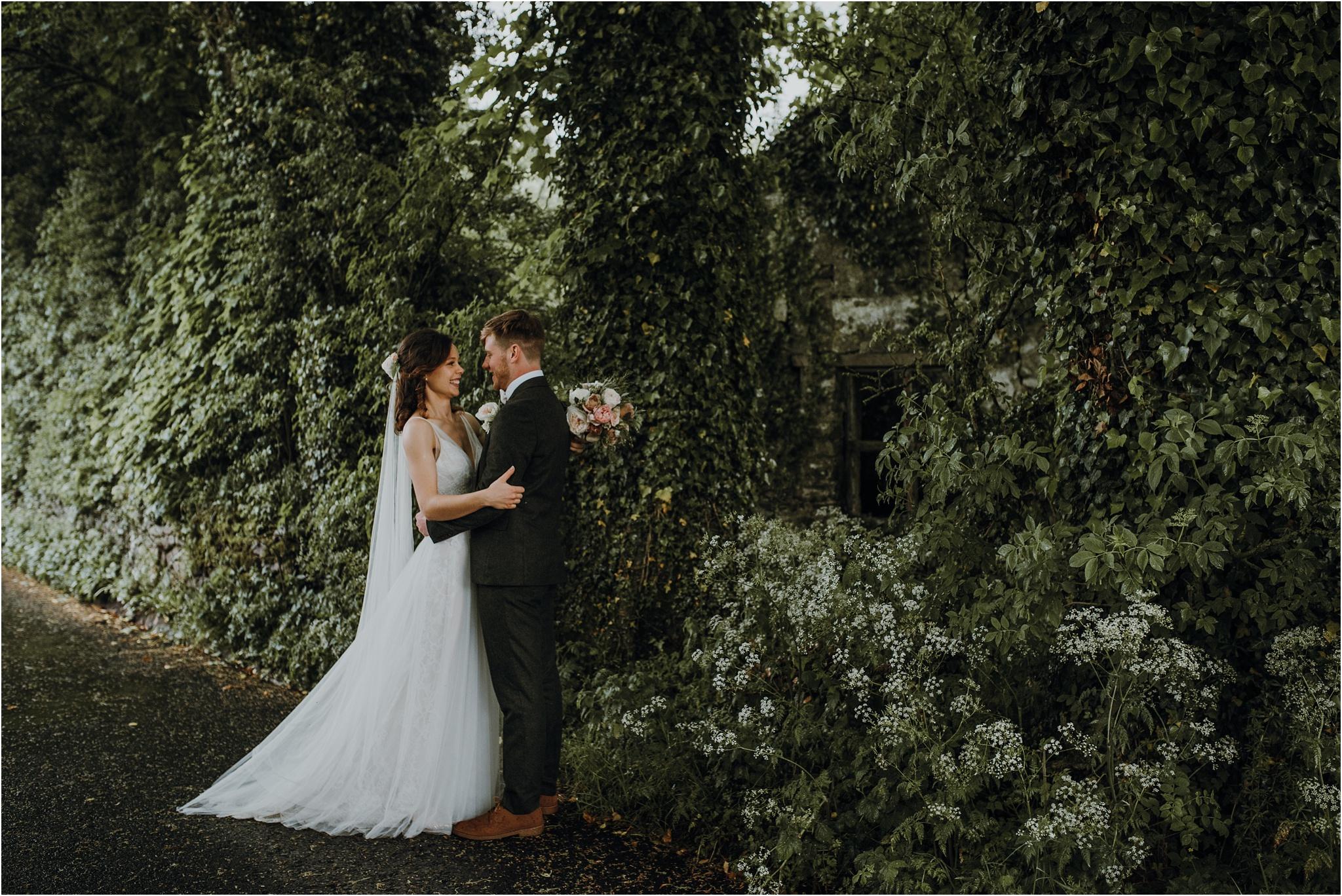Outdoor-country-wedding-Edinburgh-photographer__0203.jpg