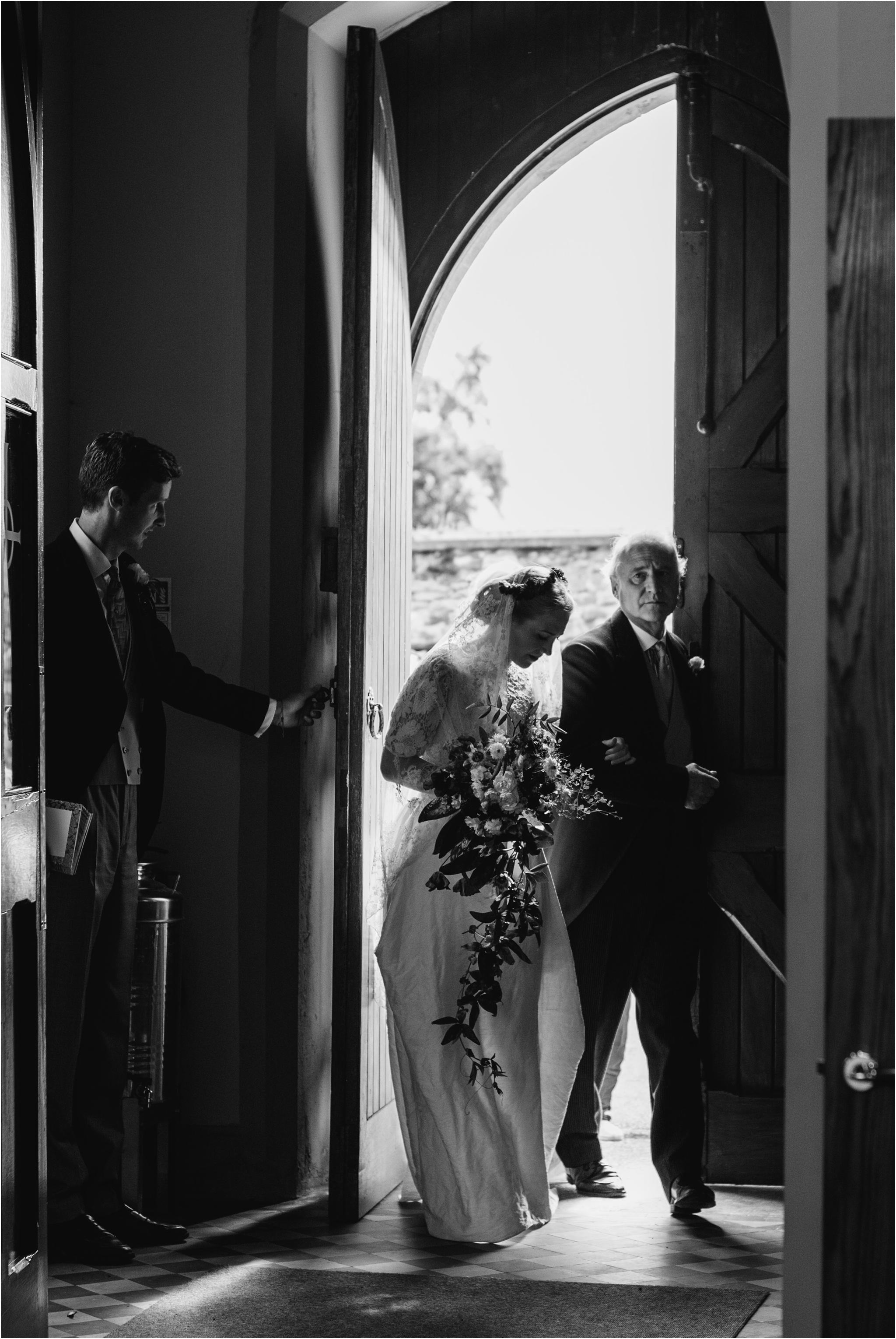 Outdoor-country-wedding-Edinburgh-photographer__0035.jpg