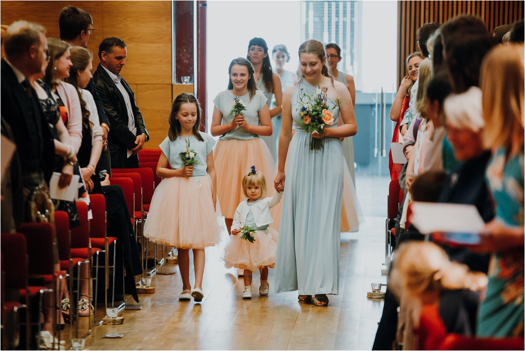 Edinburgh-barn-wedding-photographer_32.jpg