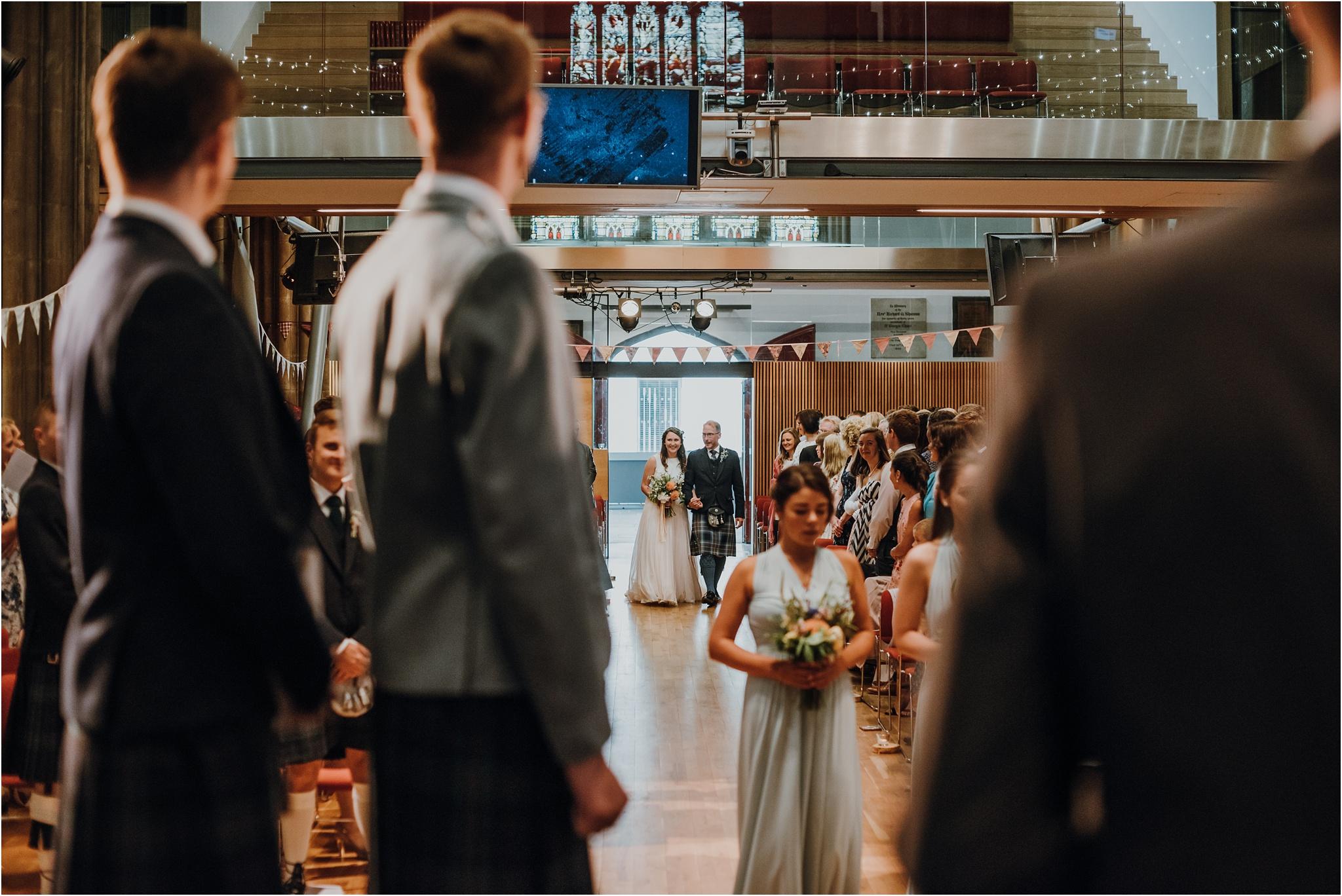 Edinburgh-barn-wedding-photographer_33.jpg