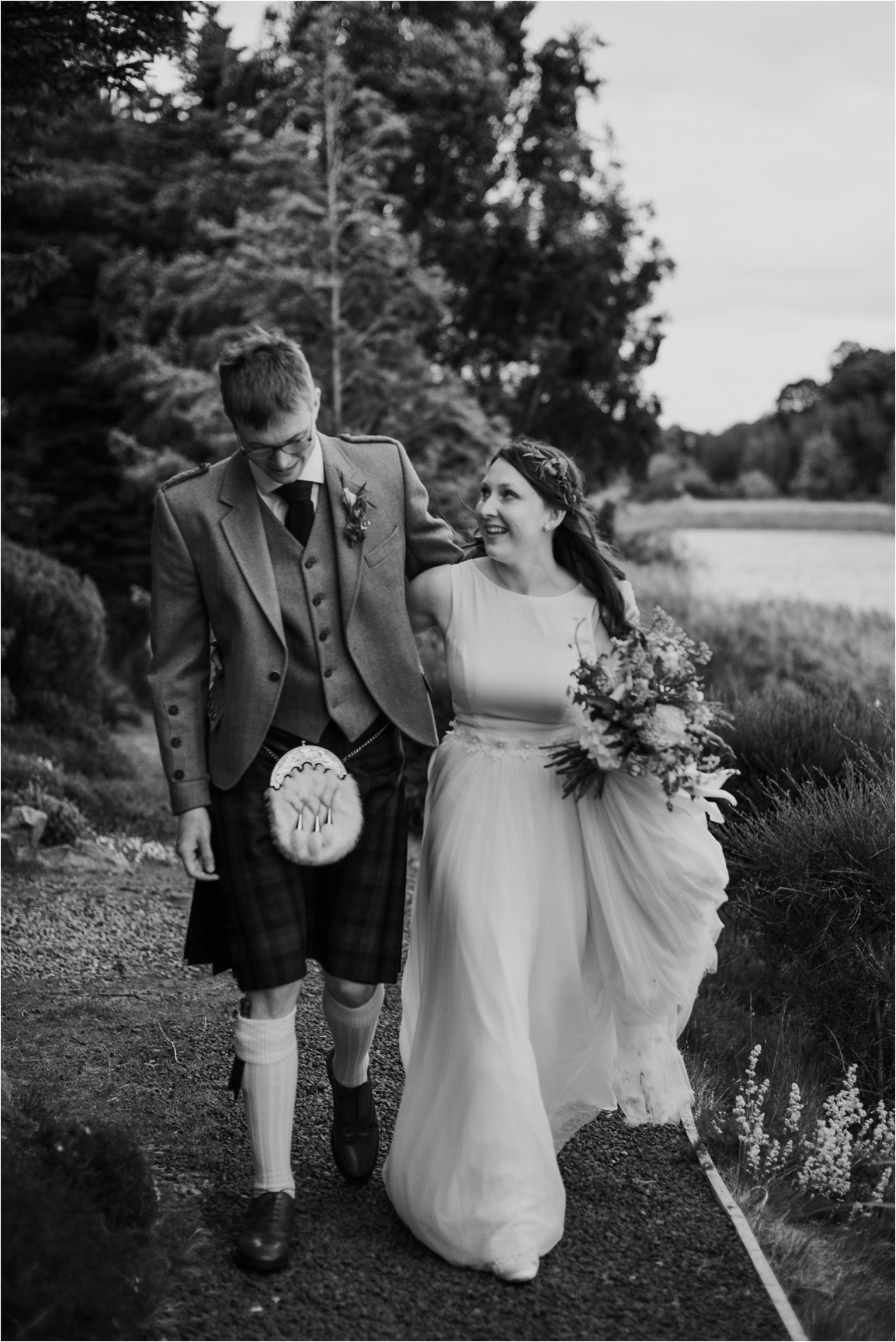 Edinburgh-barn-wedding-photographer_69.jpg