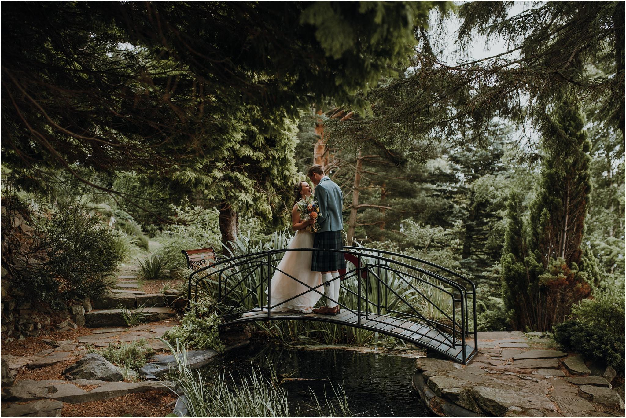 Edinburgh-barn-wedding-photographer_70.jpg