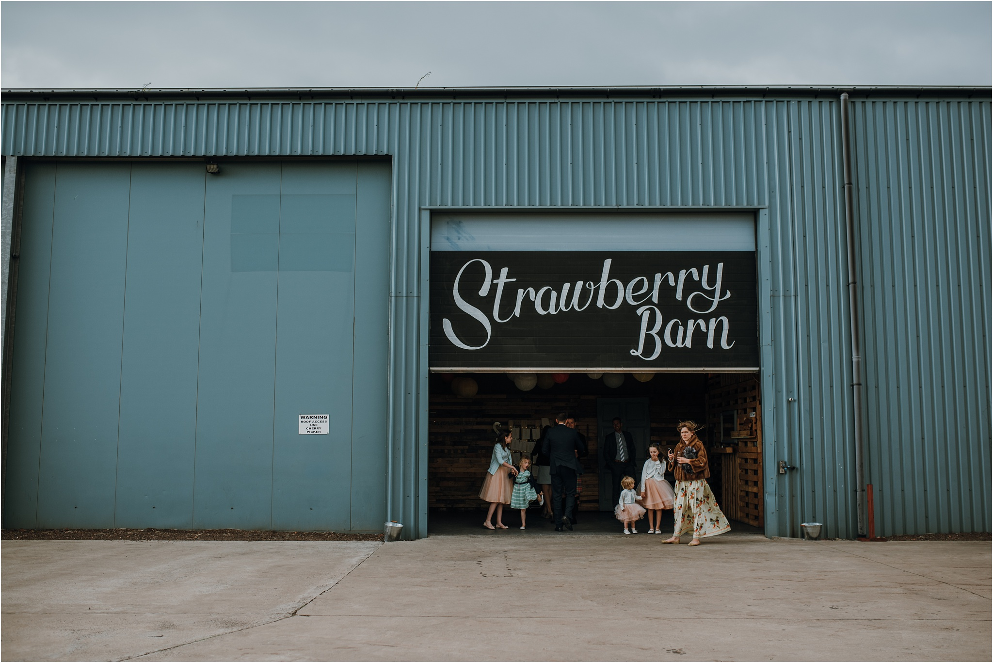 Edinburgh-barn-wedding-photographer_79.jpg