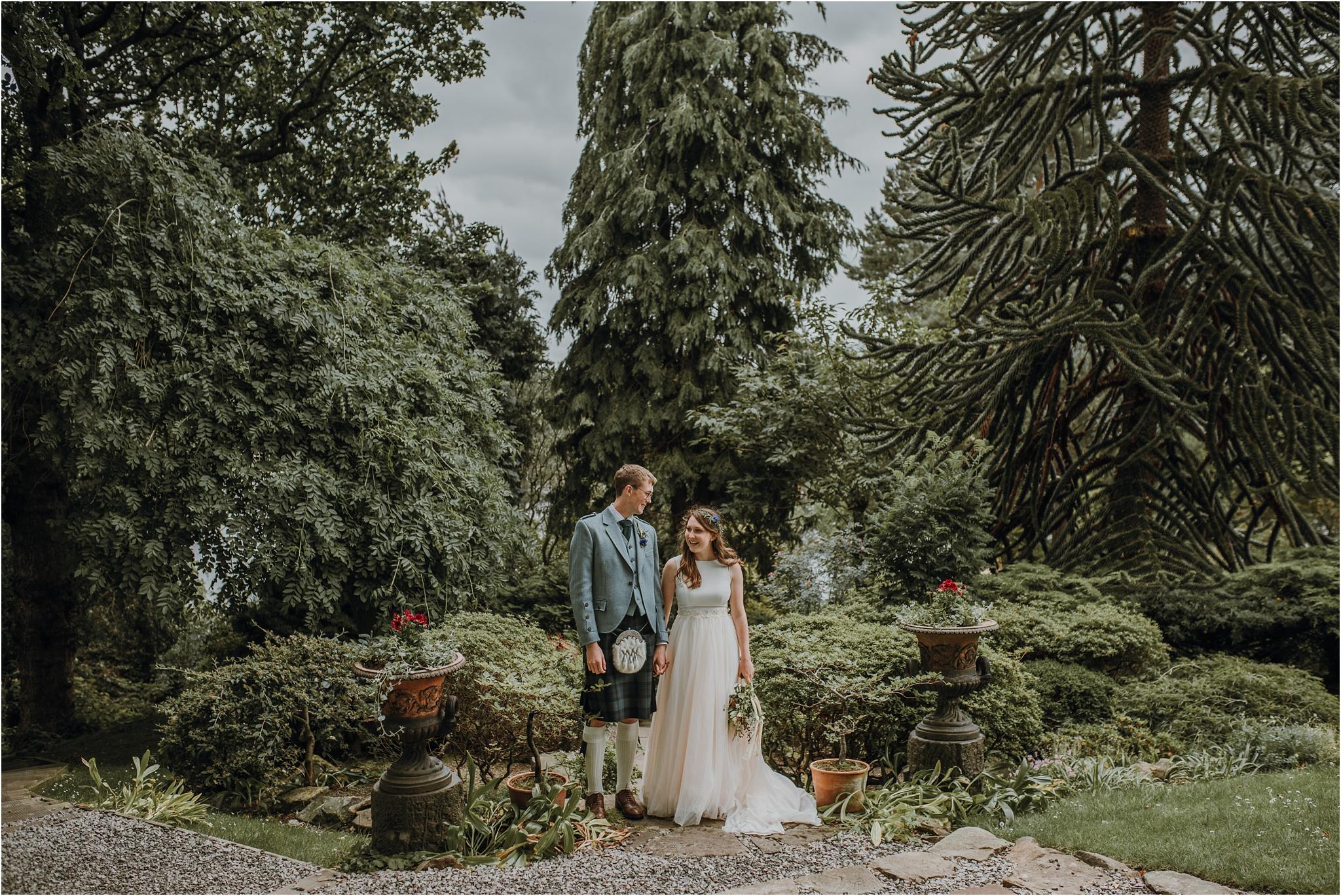 Edinburgh-barn-wedding-photographer_78.jpg