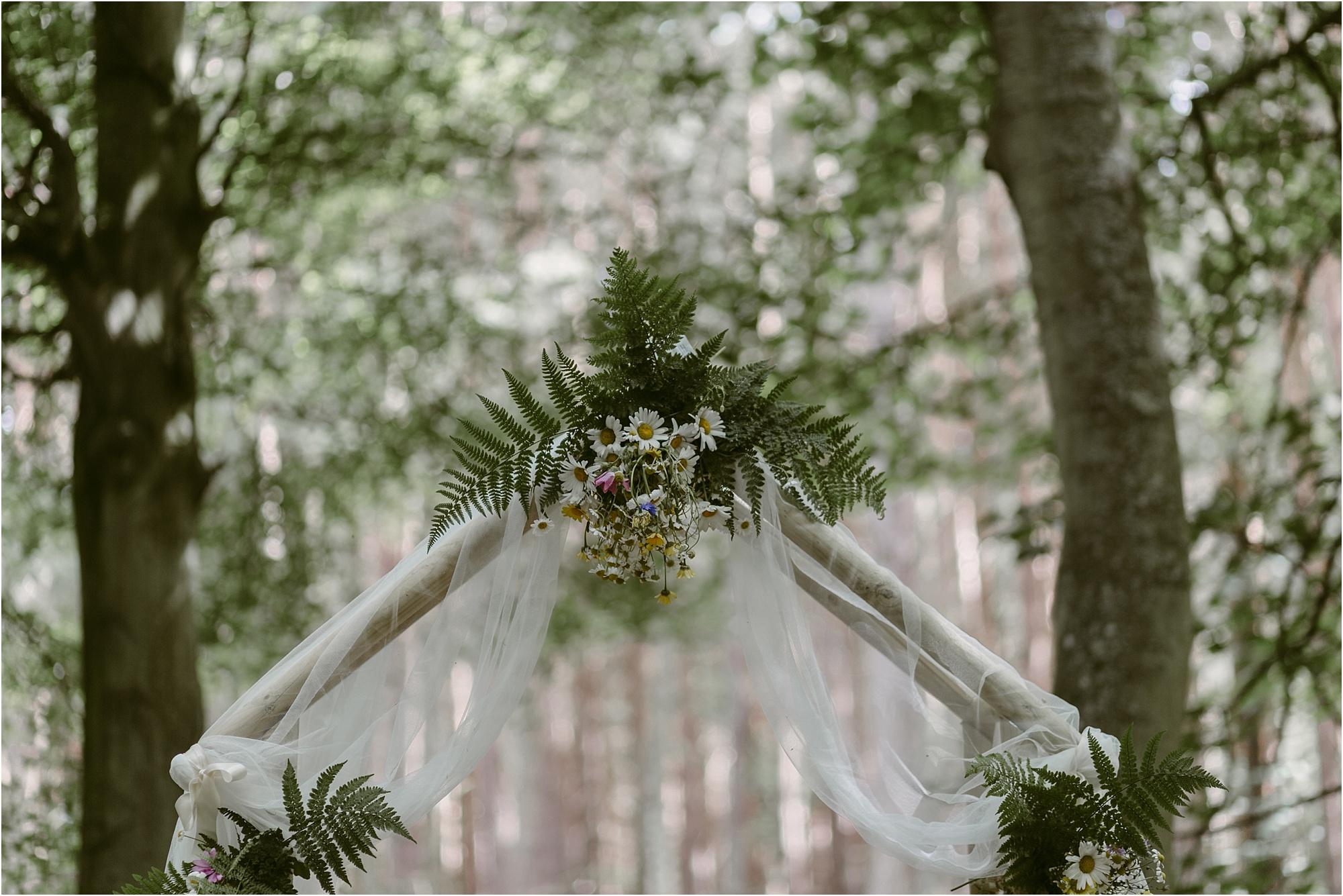 Scottish-outdoor-forest-wedding-edinburgh__0019.jpg