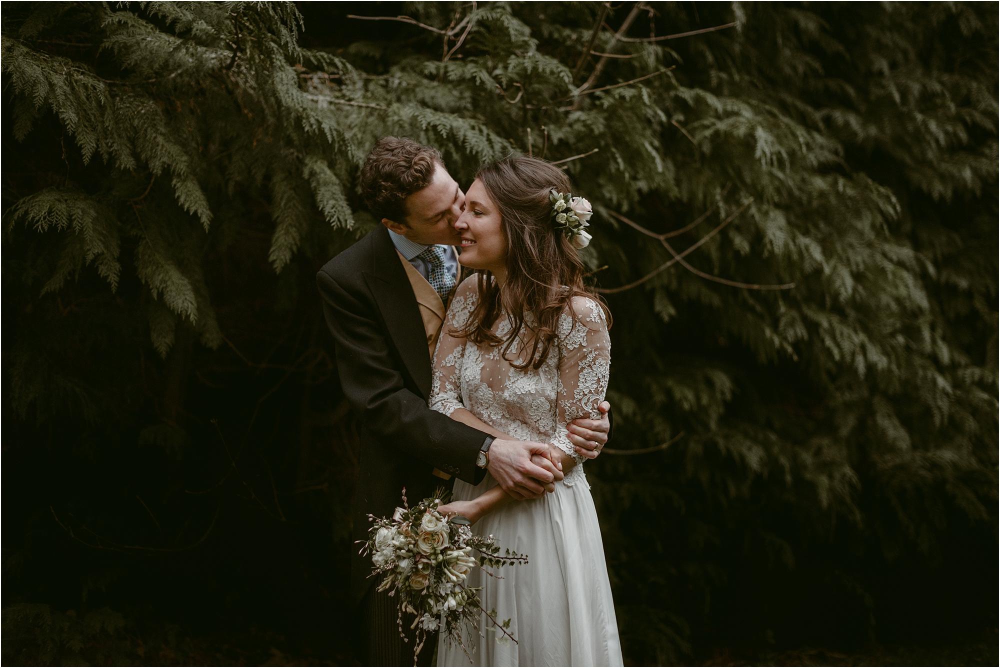 Rose+Harry-outdoor-english-wedding-photography__0149.jpg