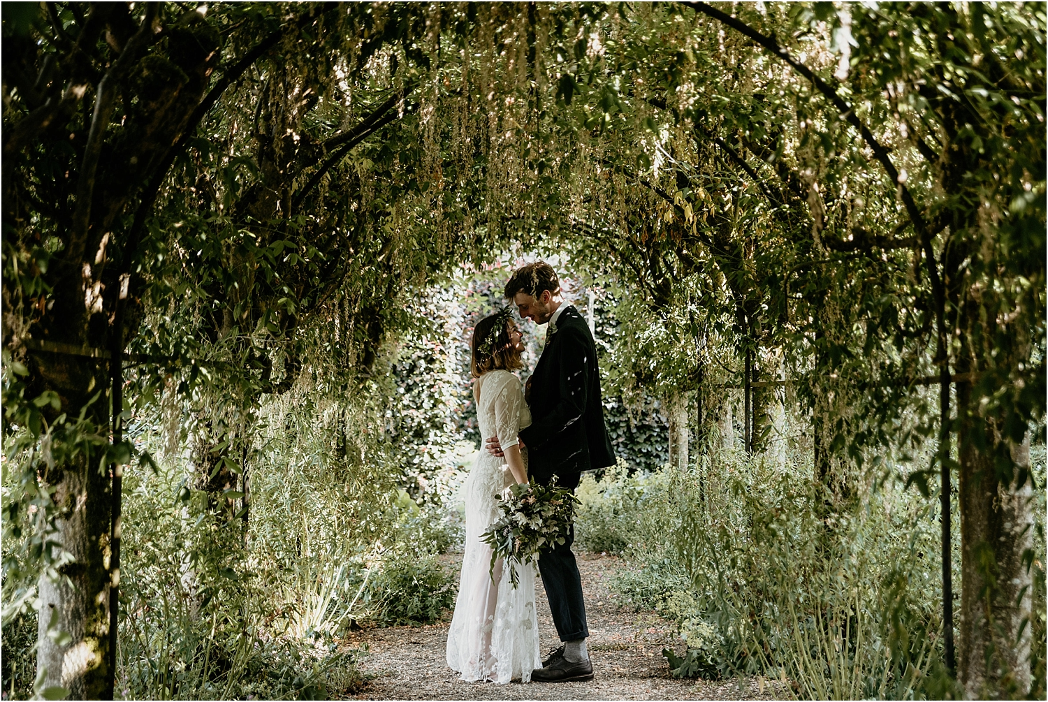 Kailzie-Gardens-Wedding-Photography__0029.jpg