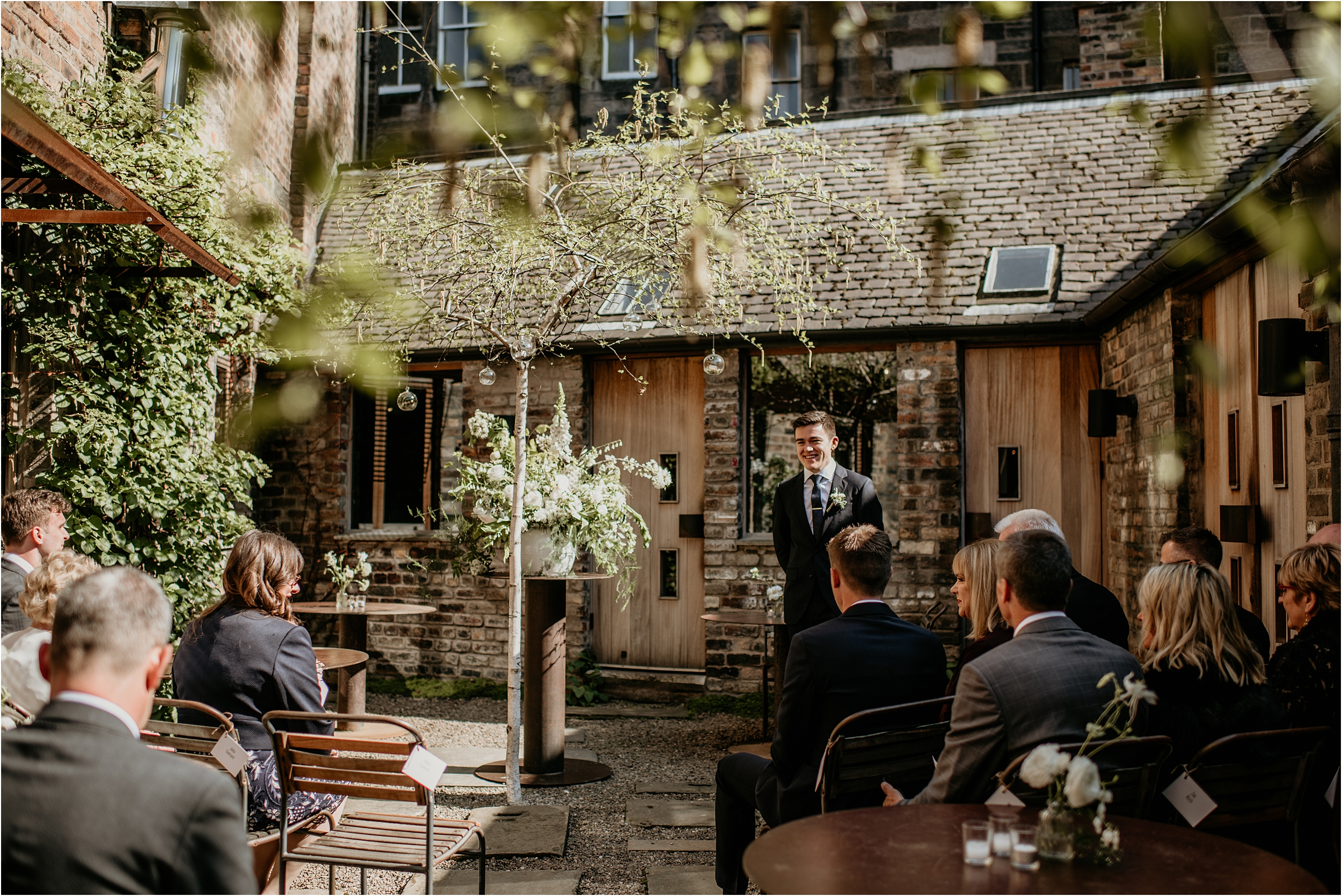 Timberyard-Edinburgh-wedding-photography__0038.jpg