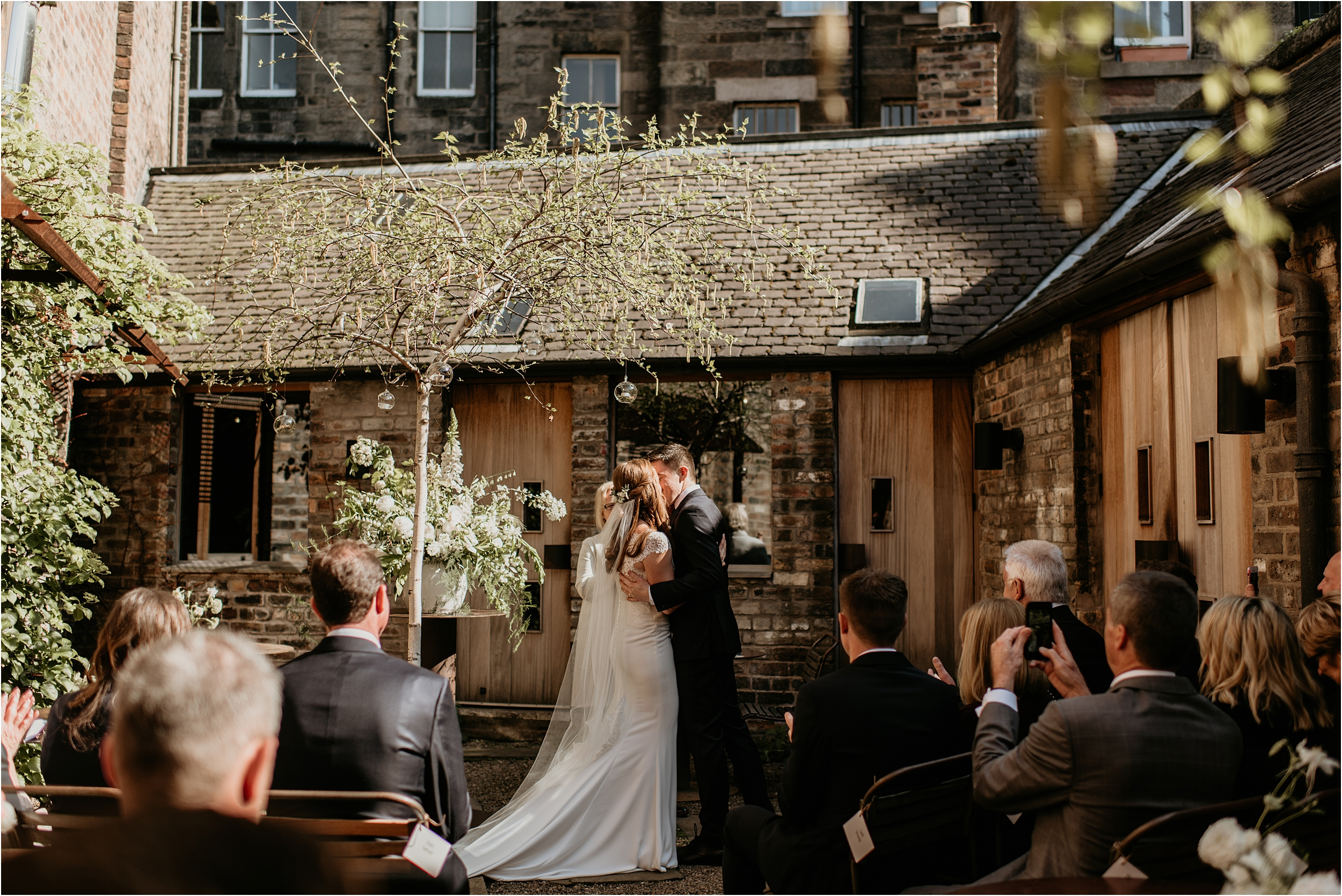 Timberyard-Edinburgh-wedding-photography__0050.jpg