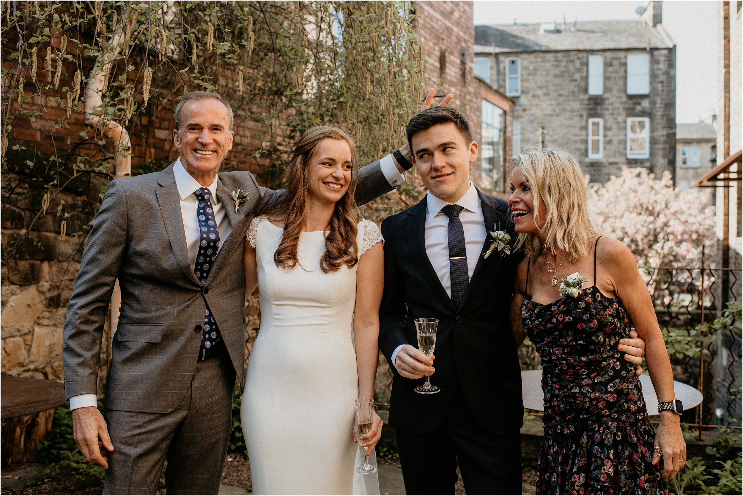 Timberyard-Edinburgh-wedding-photography__0057.jpg