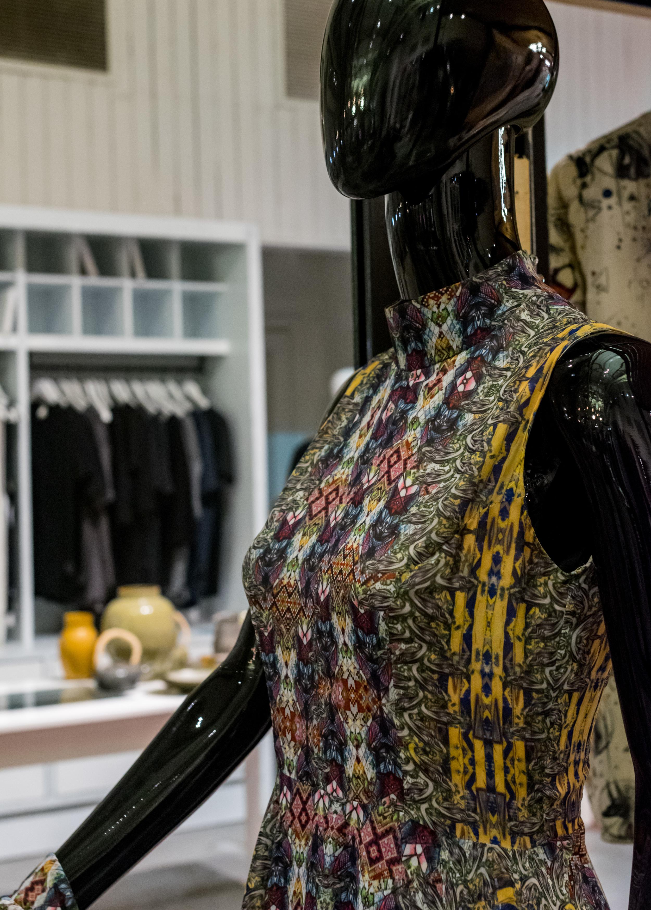 Dress by Michal Hidas - detail