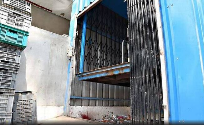 Elevator in India looks more like a trash compactor.