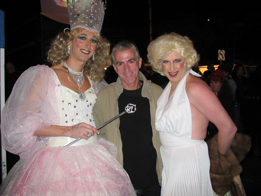 Glinda, Jon and Marilyn SF 2002.JPG