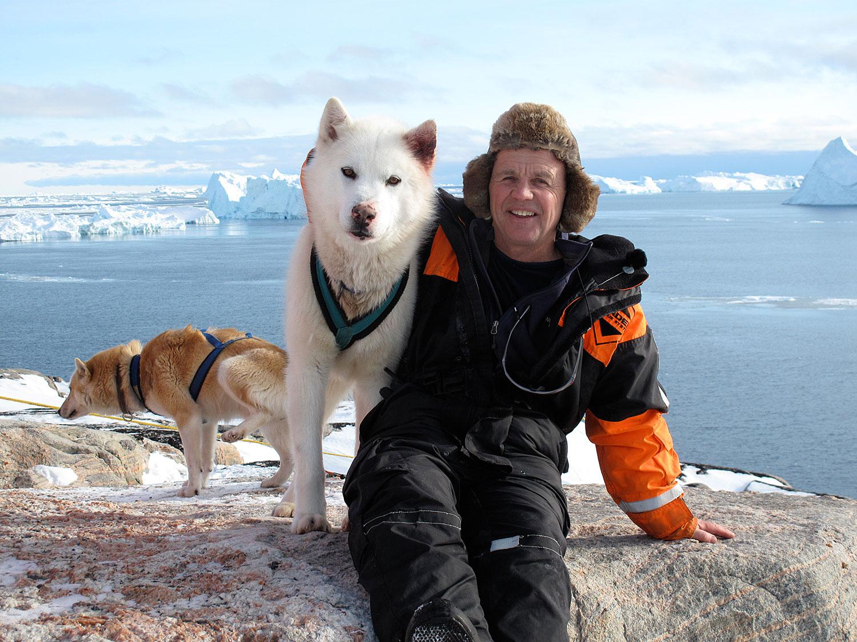 Doug-Allan-and-husky,-Greenland.jpg