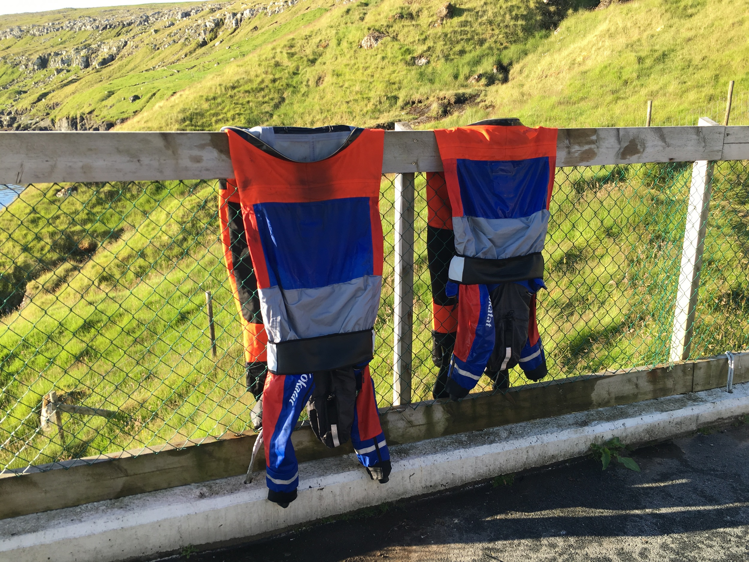 Their ocean dry suits having had a good wash are being left on shore today - the boys would have spent nearly 5 days in these so they were pretty stinky! Shorts and t-shirts is the kit of choice on this beautiful morning!