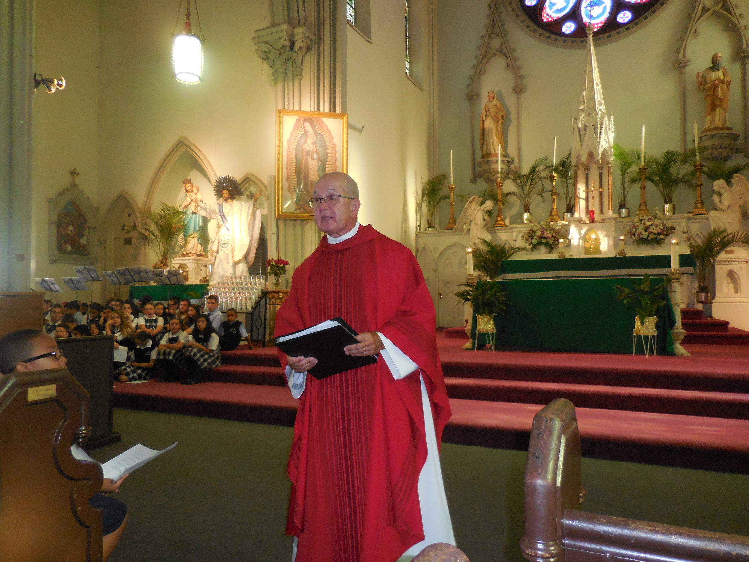 Begginhing of school Mass 008.jpg