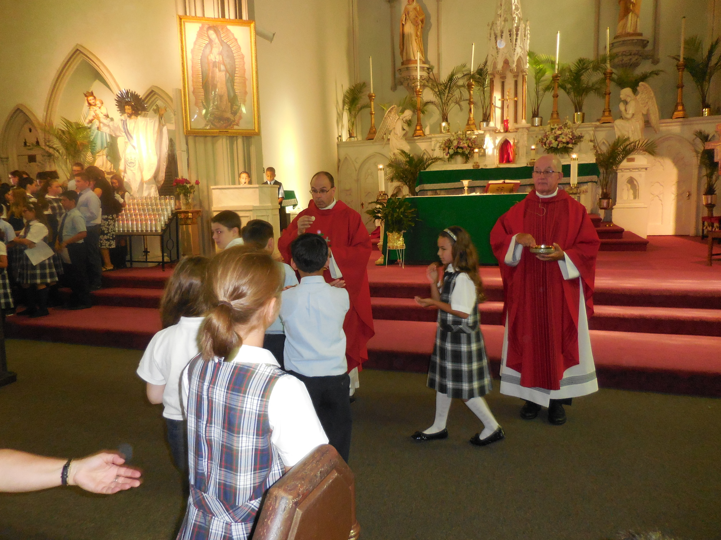 Begginhing of school Mass 019.jpg