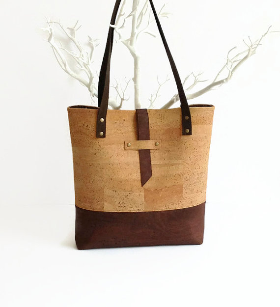 http://www.awin1.com/cread.php?awinmid=6220&awinaffid=271059&clickref=&p=https://www.etsy.com/listing/234675665/cork-bag-eco-friendly-vegan-gift-for