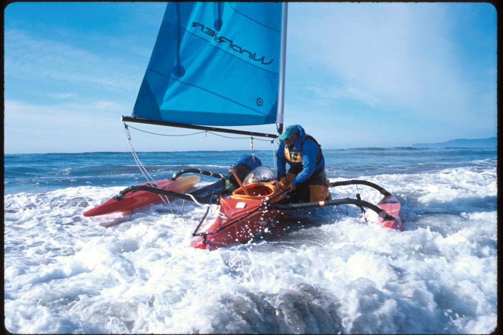 Wind Surfers in surf.jpg
