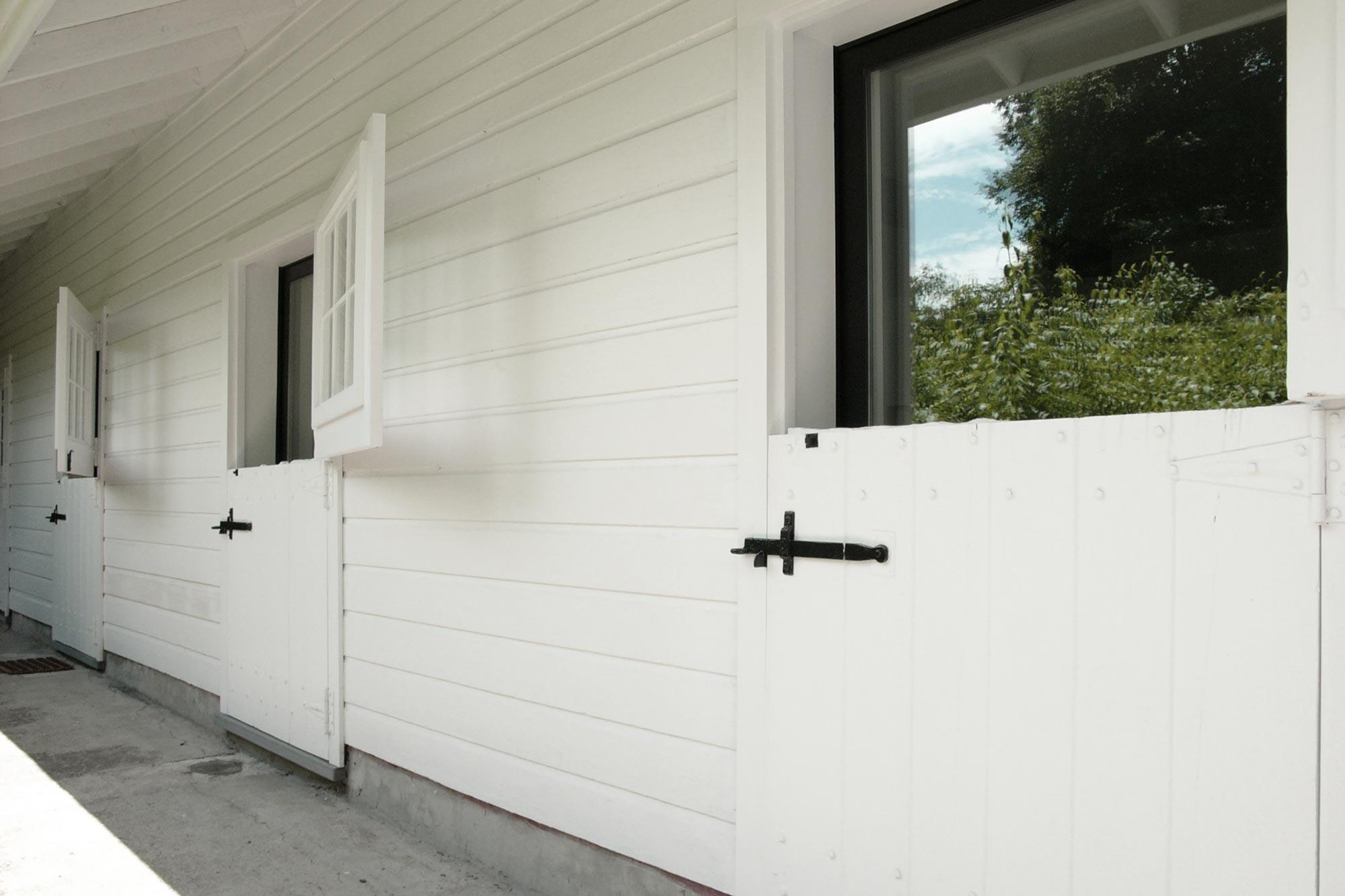 S-stable-door-with-glass.jpg