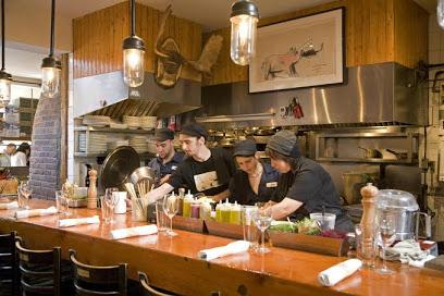 ($$$)Au Pied de Cochon - 536 Duluth Av. E.Cuisine gourmet inspirée du terroir québécois et foie gras.