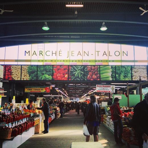 - MarchéJean-Talon(Possibilité de découvrir la Petite Italie en déambulant sur le boul. Saint-Laurent)