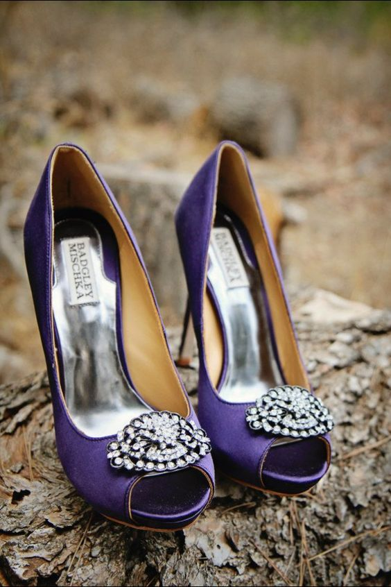 05-ultra-violet-embellished-Badgley-Mischka-wedding-shoes-with-peep-toes.jpg