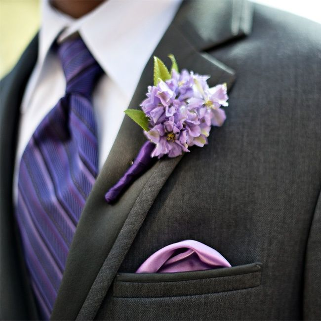 dark-gray-grooms-tux-with-purple-tie-and-boutonniere (1).jpg
