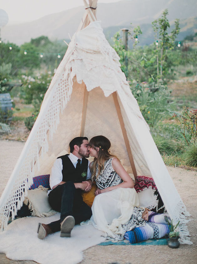Tipi-Style-Wedding-Tent-Bridal-Musings-Wedding-Blog-.jpg