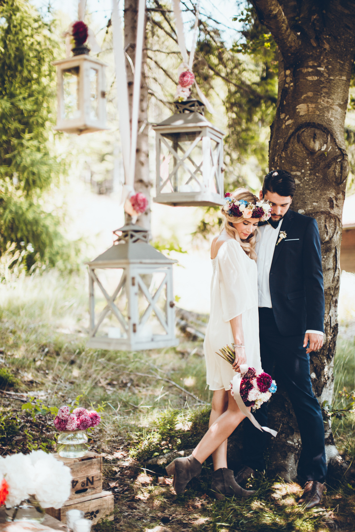 01-This-wedding-was-a-boho-inspired-and-folk-inspired-one-in-rich-tones-like-plum-burgundy-and-blue.jpg