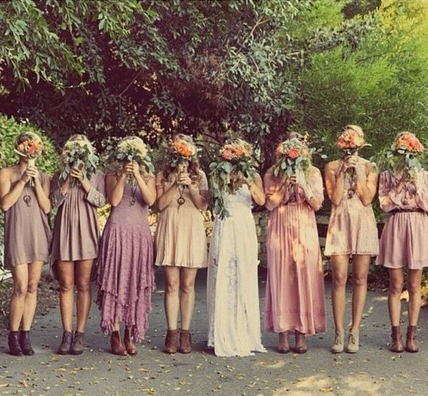 ceabb37c33addb9d9b09d9b757717860--bohemian-wedding-inspiration-bohemian-bride.jpg