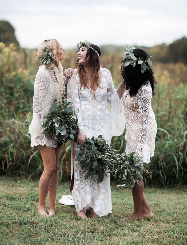 ec0d59d8aa1dfc4f8e6b7fed01a936f6--white-bridesmaid-dresses-boho-bohemian-bridesmaids.jpg