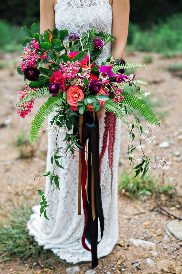 e964a31658e6319e47c36cab5ce73025--boho-bouquet-fern-bouquet.jpg