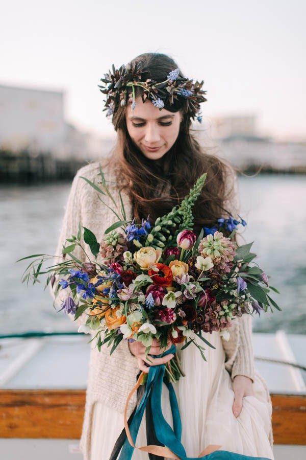Nautical-Maine-Wedding-Inspiration-at-Bangs-Island-Mussels-Barge-36-600x900-600x900.jpg