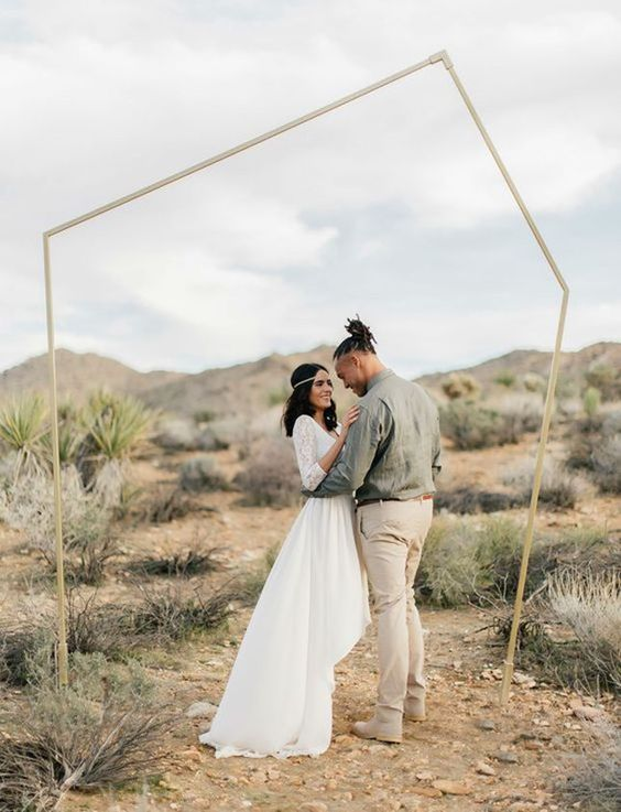 32-simple-metallic-geometric-wedding-backdrop-for-outdoors.jpg