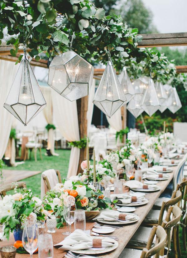 Outdoor-Garden-Wedding-Reception-Geometric-Chandeliers-Decor-Ideas.jpg