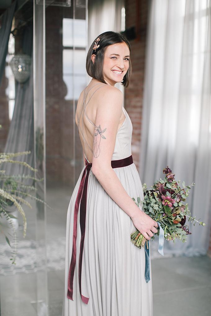 modern-romantic-velvet-wedding-inspiration-Nikki-Moore-Glamour-Grace-13.jpg