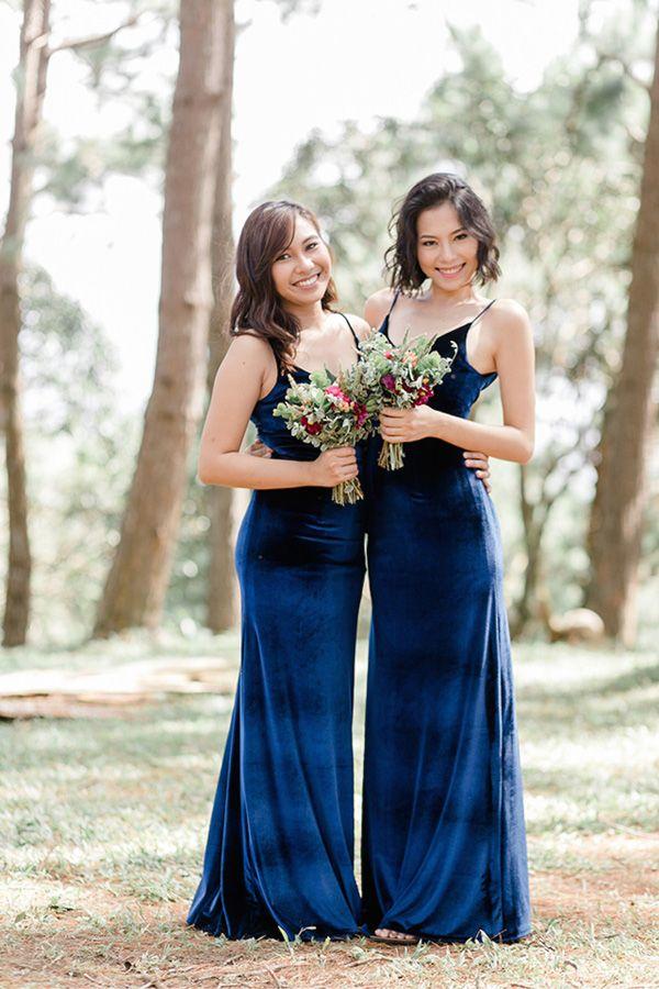 97525c3b66e69ef8a7dafca94ca82abd--velvet-bridesmaid-gowns-blue-velvet.jpg