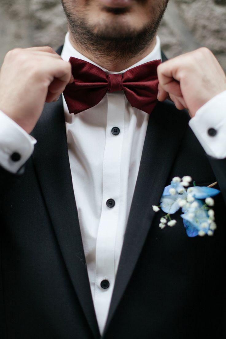 084634a253fe0cefae0c4c4d6689b459--mens-bow-ties-silk-ties.jpg