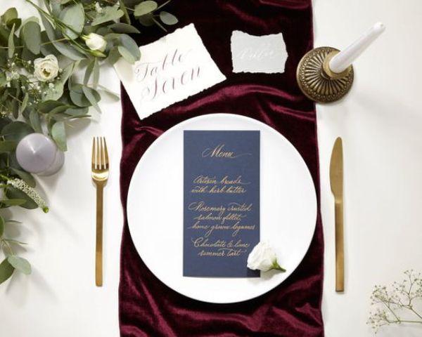 22-burgundy-fabric-for-accentuating-each-setting.jpg