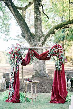 db2b02c483870b38984a116d7a0199bb--velvet-drapes-wedding-backdrops.jpg
